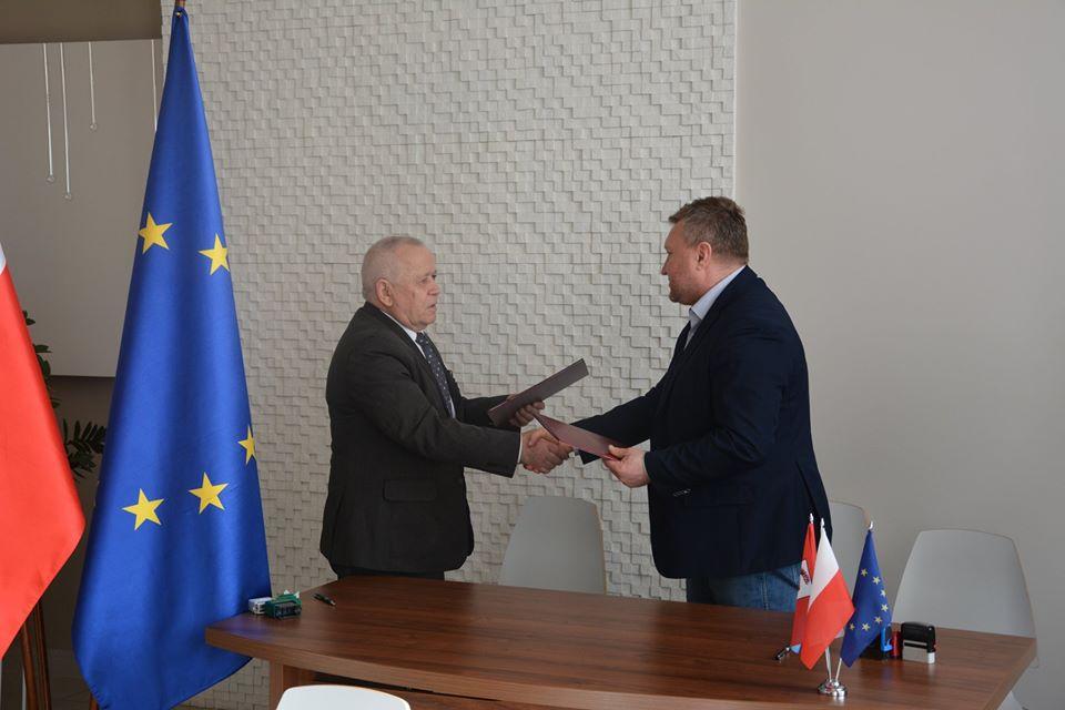 Ilustracja do informacji: Umowa na budowę nowej oczyszczalni podpisana!!!